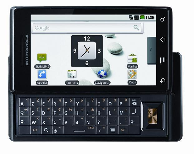 Comparaison entre le Motorola Milestone 2, le HTC Desire Z et le Motorola Milestone