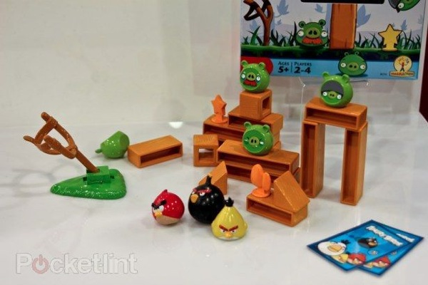 angry-birds-board-game-mattel-0.jpg