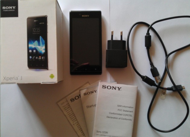 Test du Sony Xperia J - Unboxing