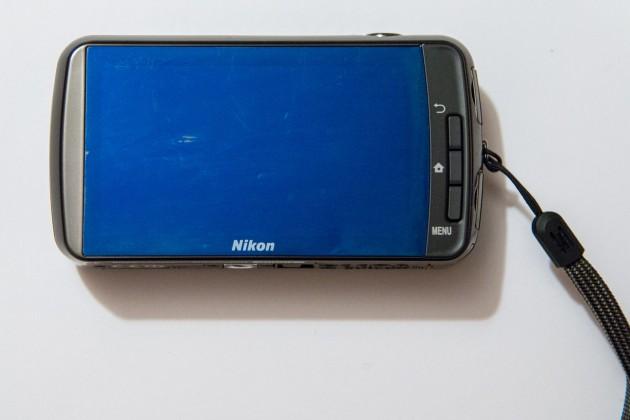Dos du Nikon Coolpix S800c