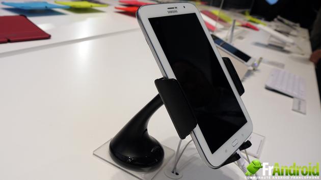Samsung-Galaxy-Note-80-Voiture
