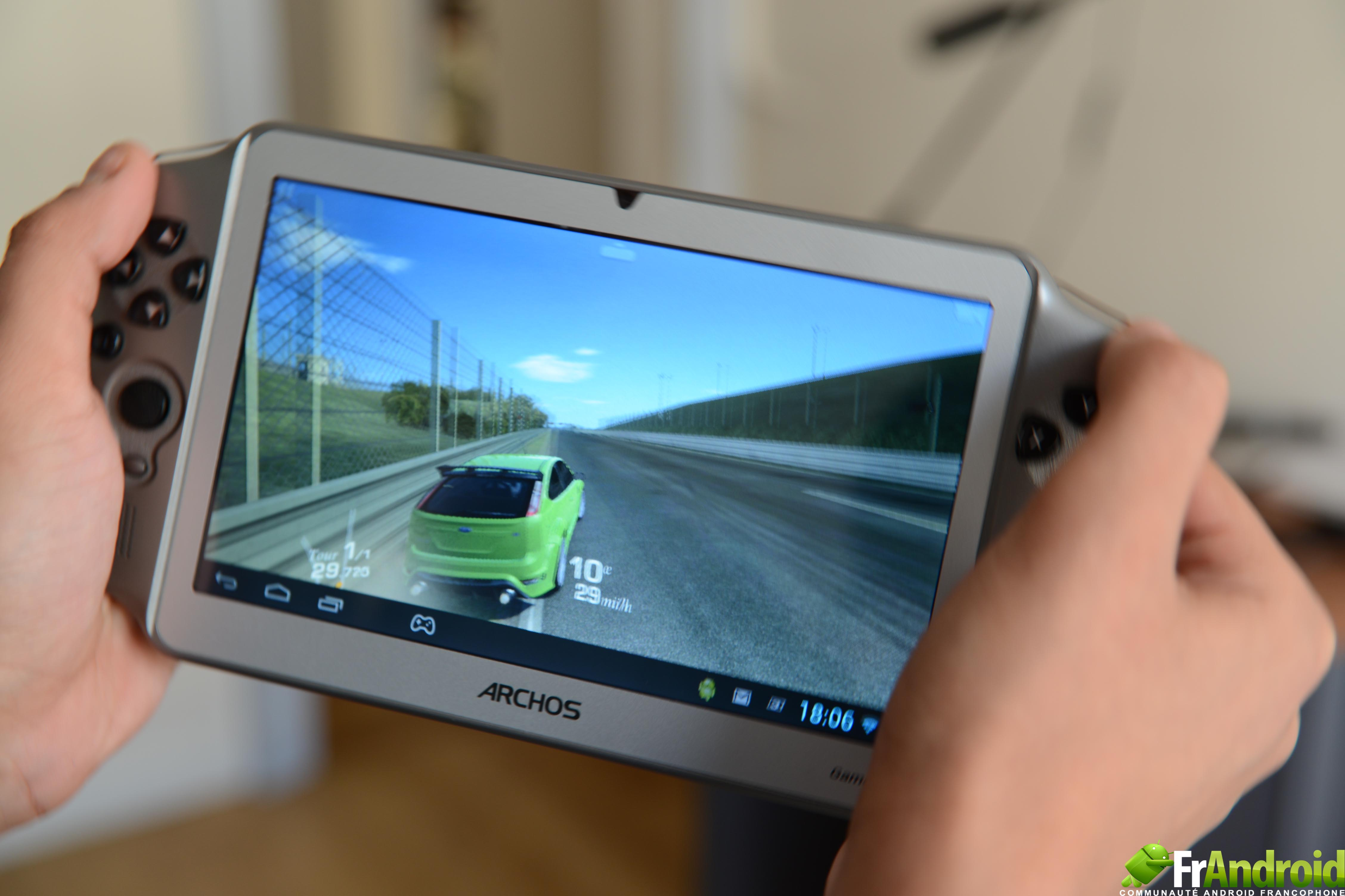 archos gamepad test d 39 une console de jeu portable sous. Black Bedroom Furniture Sets. Home Design Ideas