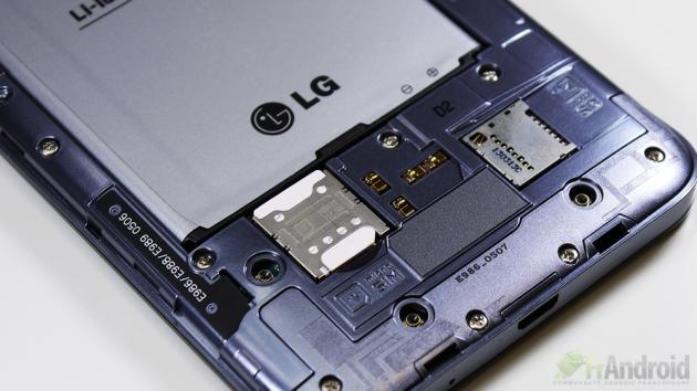 LG-Optimus-G-Pro-cartesim-microusb