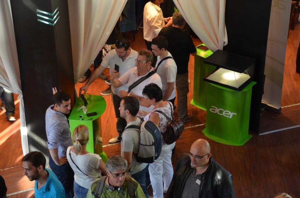 Stand Acer où vous pouviez découvrir l'Acer Liquid E2 et le Liquid S