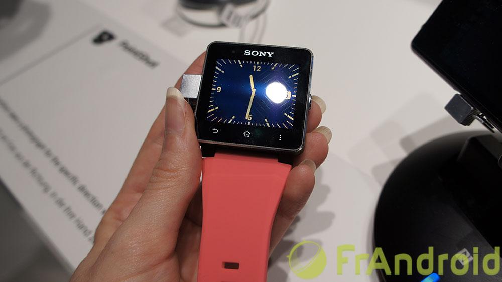 La SmartWatch 2 de Sony sera disponible fin septembre pour 199 euros