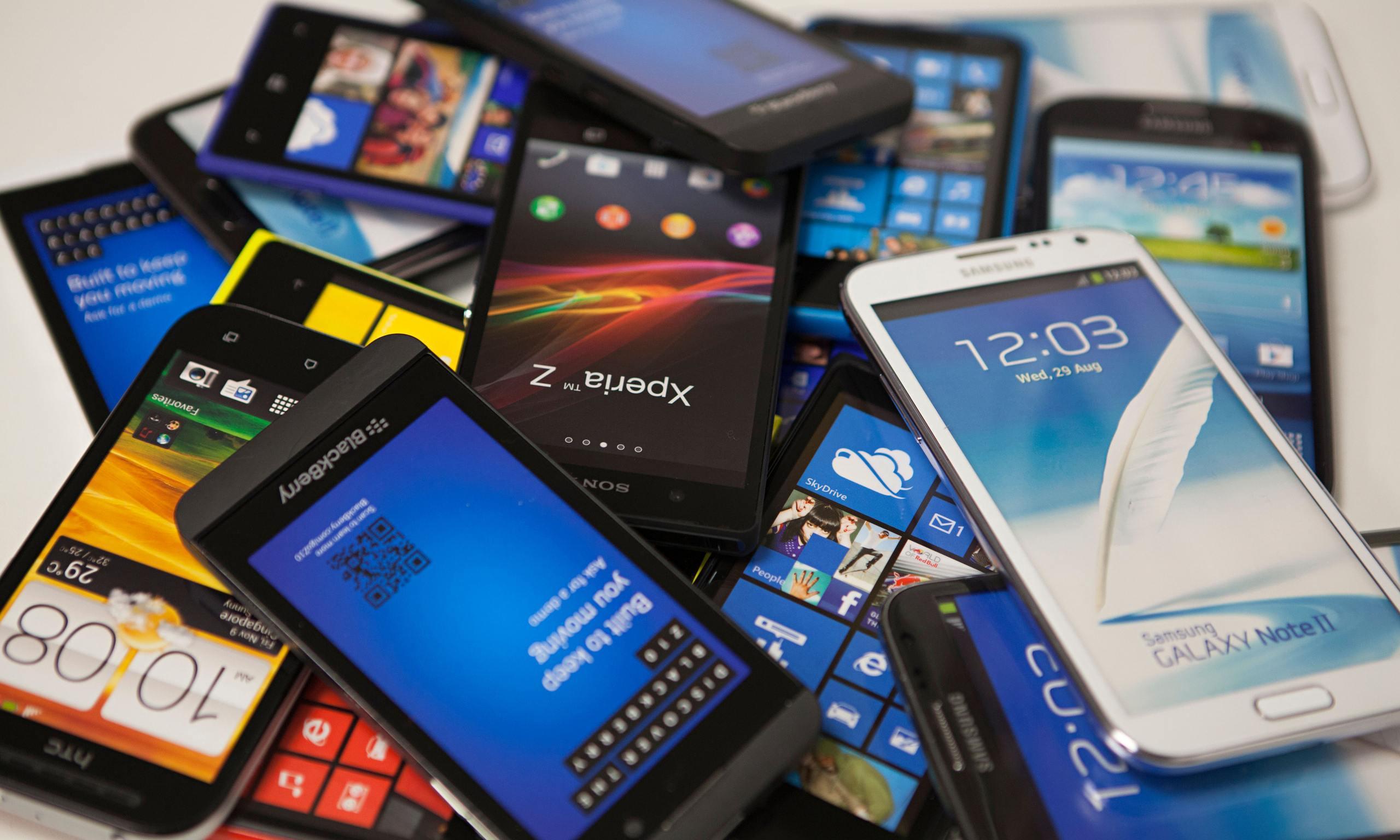 Le smartphone est un mobile multifonction en bon français