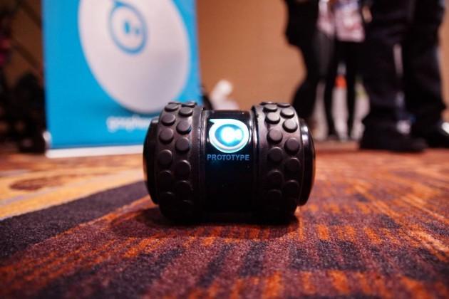 CES 2014-sphero-2b-orbotix