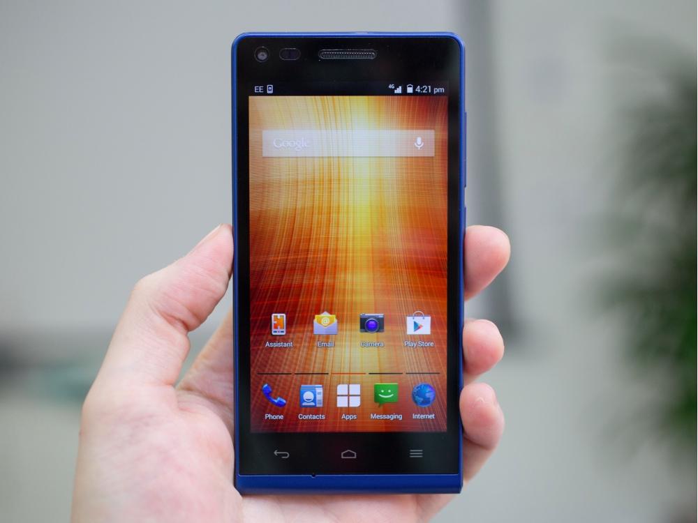orange gova un smartphone 4g lte de 4 5 pouces pour petits budgets. Black Bedroom Furniture Sets. Home Design Ideas