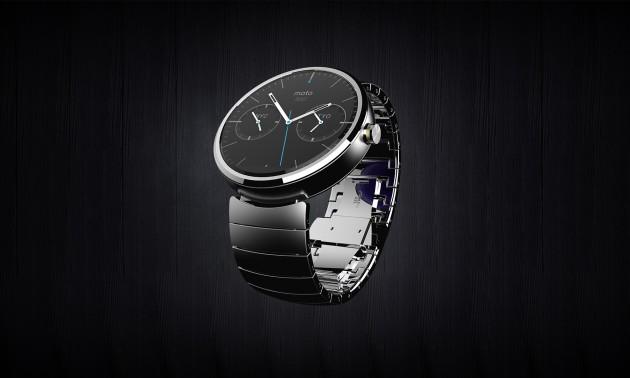 Motorola 360 smartwatch