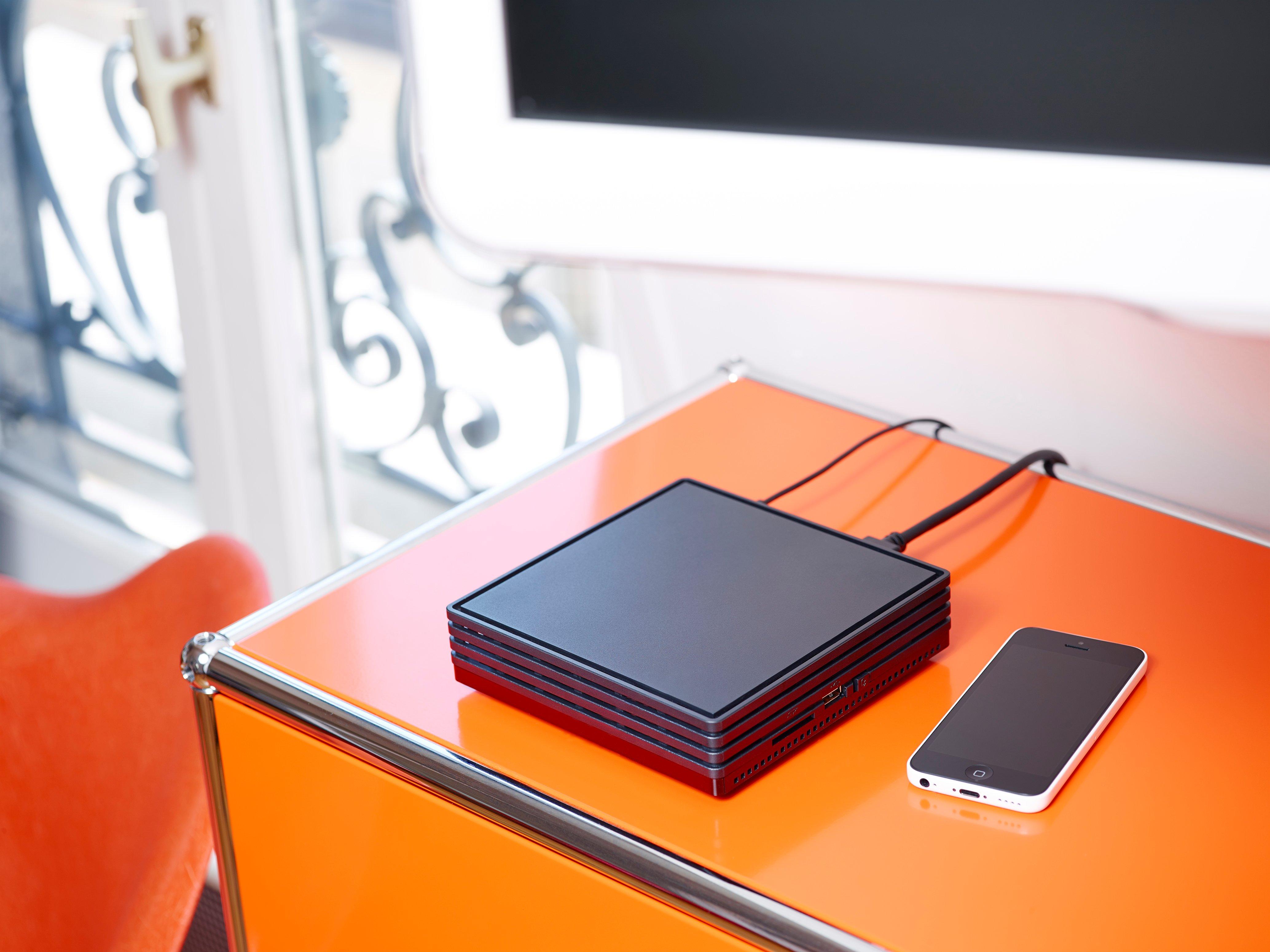 bbox miami sera disponible d s janvier prochain d abord pour les abonn s de bouygues telecom. Black Bedroom Furniture Sets. Home Design Ideas