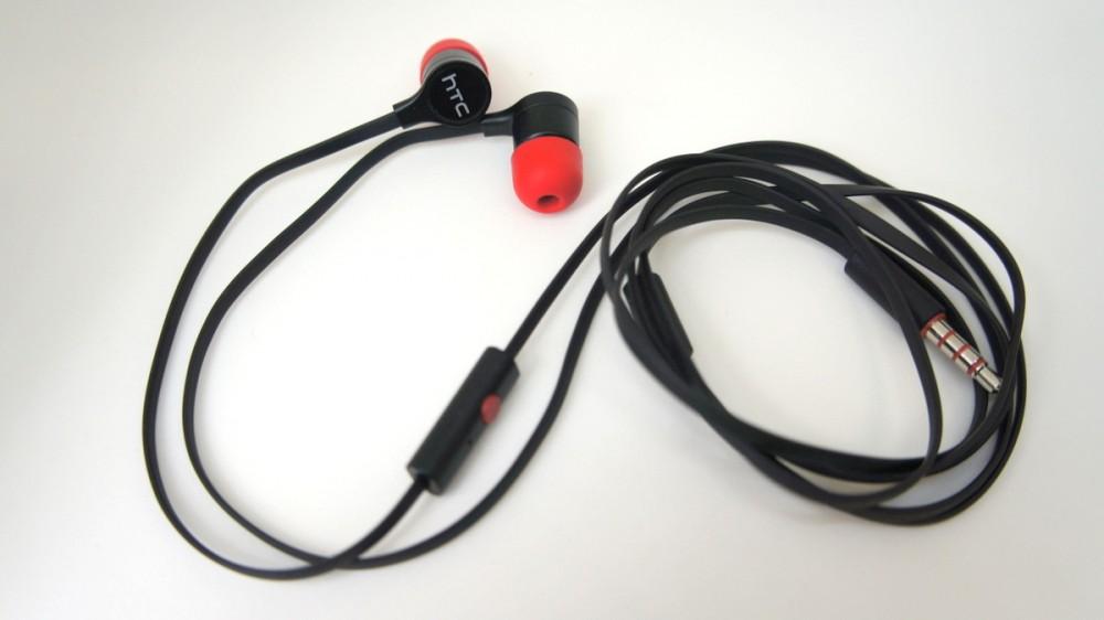 Les écouteurs plats et intra-oriculaires