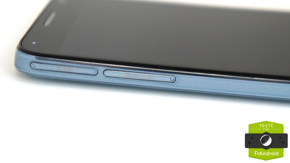 Ports MicroSD et SIM