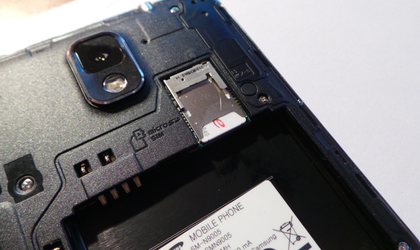 comment inserer carte sim Comment insérer la carte SIM (nanoSIM et microSIM) et microSD ?