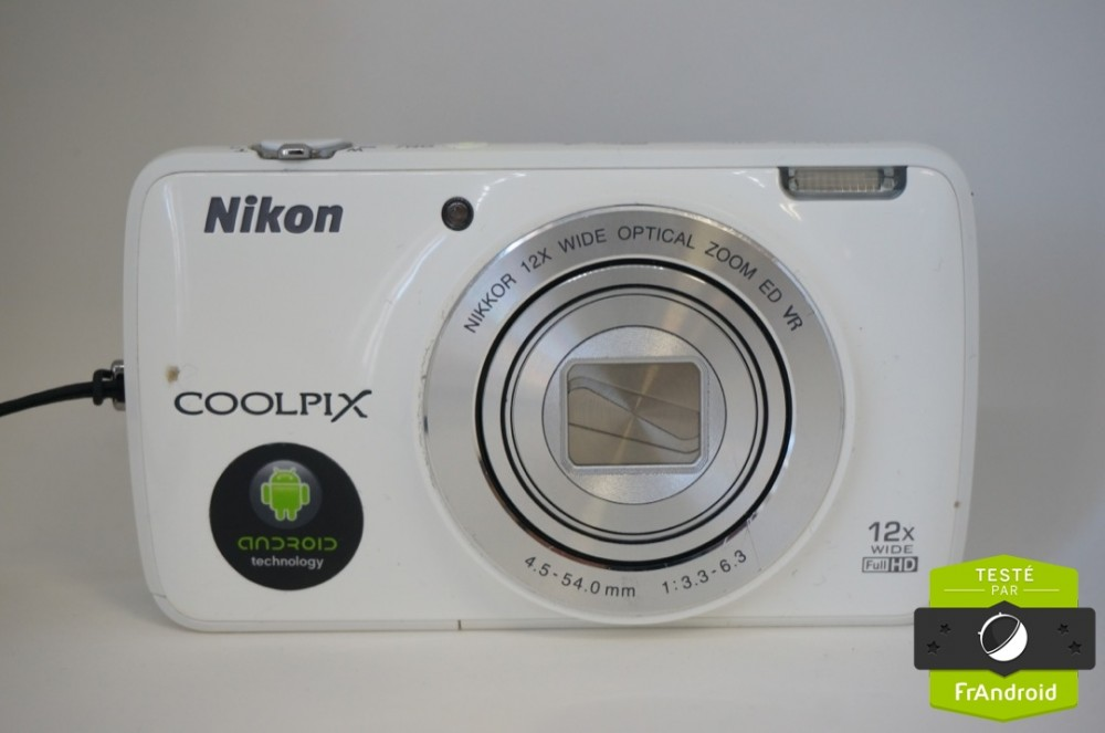 c_Nikon-Coolpix-S810c-Android-FrAndroidDSC03861