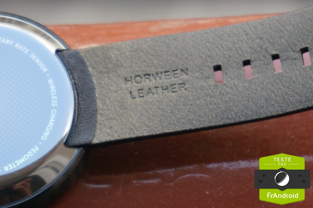 c_Motorola-Moto 360-FrAndroidDSC05176