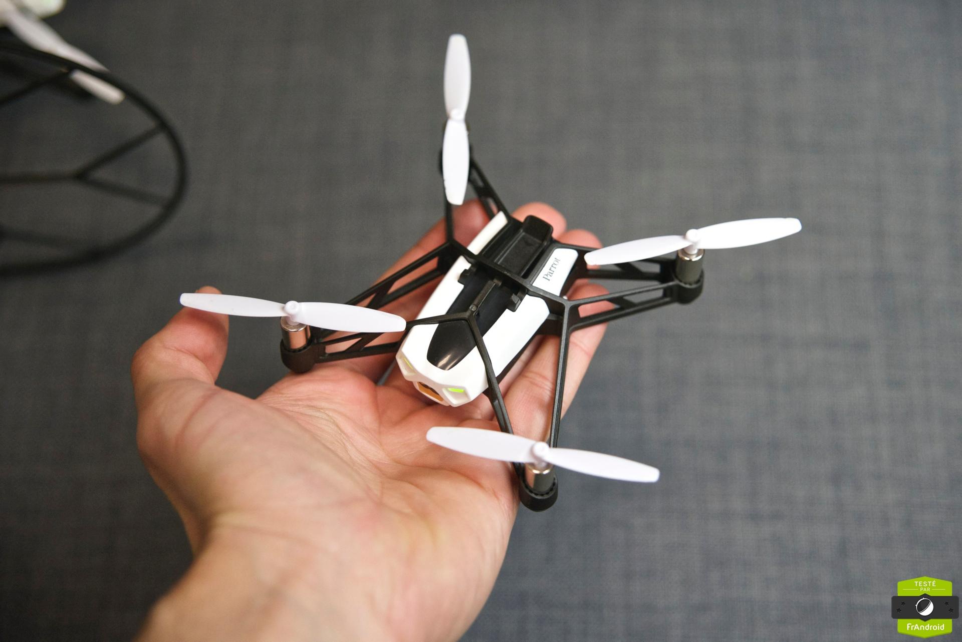Test des Minidrones de Parrot, les Jumping Sumo et Rolling ...