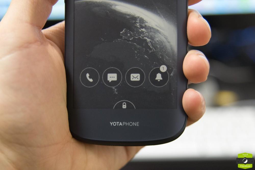 Yota Phone 2-18