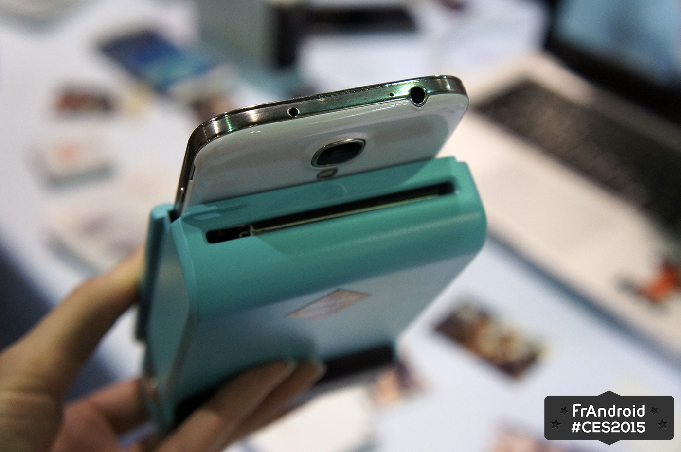 prynt est une coque qui transforme votre t l phone en imprimante photo frandroid
