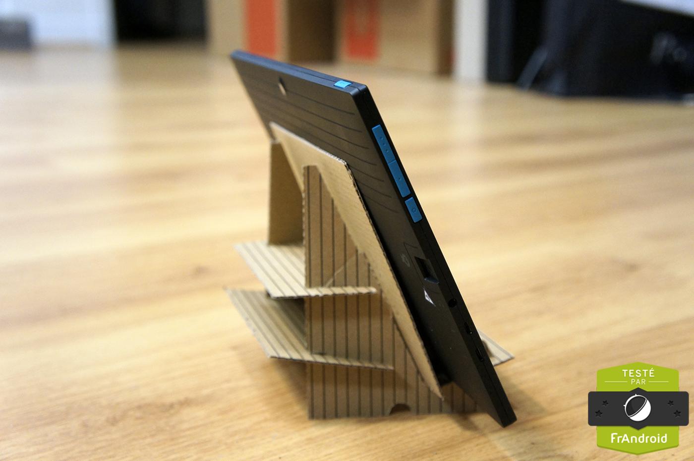 test de la poss touch tablet 10 fluo un v8 dans une twingo frandroid. Black Bedroom Furniture Sets. Home Design Ideas