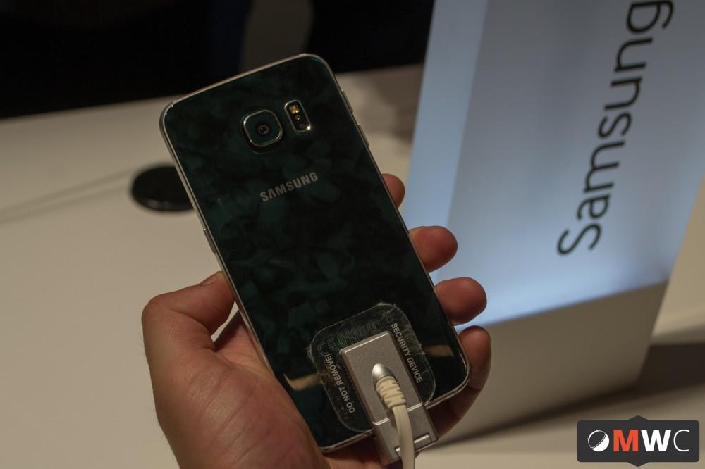Samsung Galaxy S6 Edge (2 sur 7)