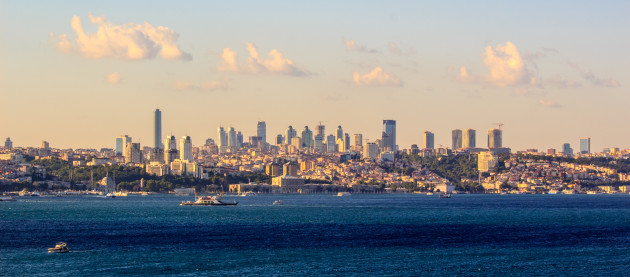 Modern_Istanbul_skyline_at_sunset