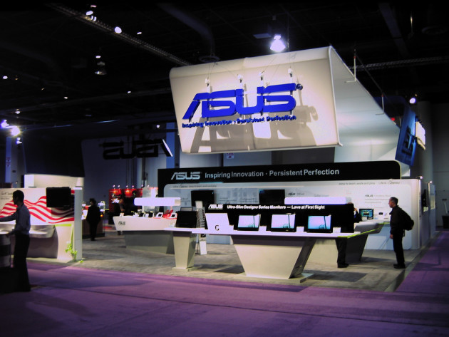 Stand Asus