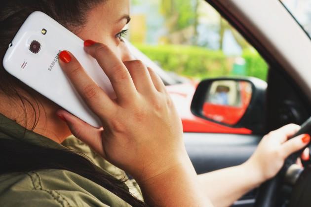 Tépéhone en voiture