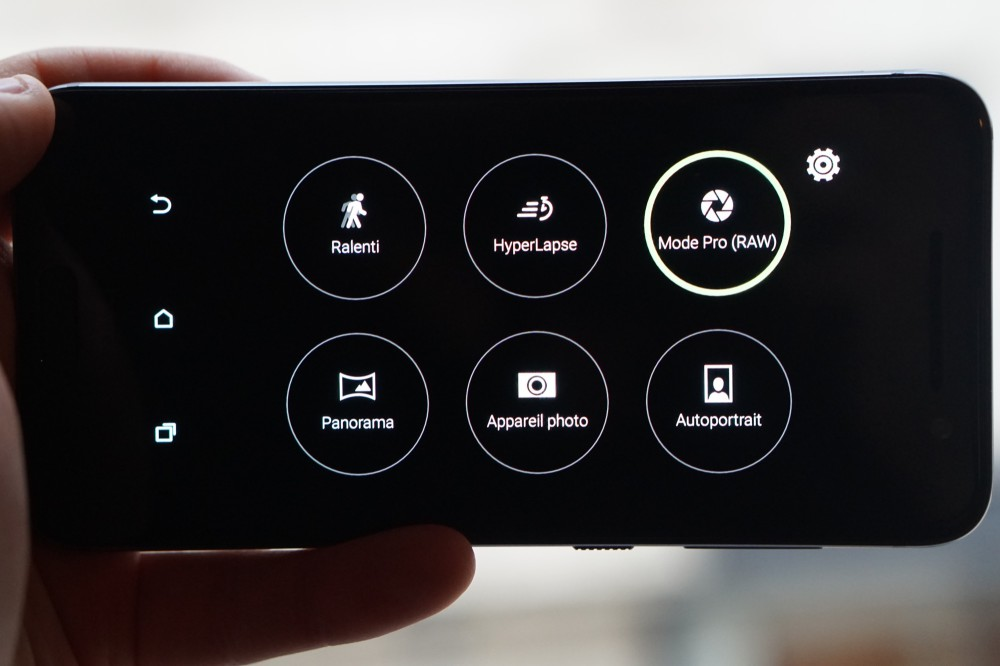 HTC One E9 DSC00025