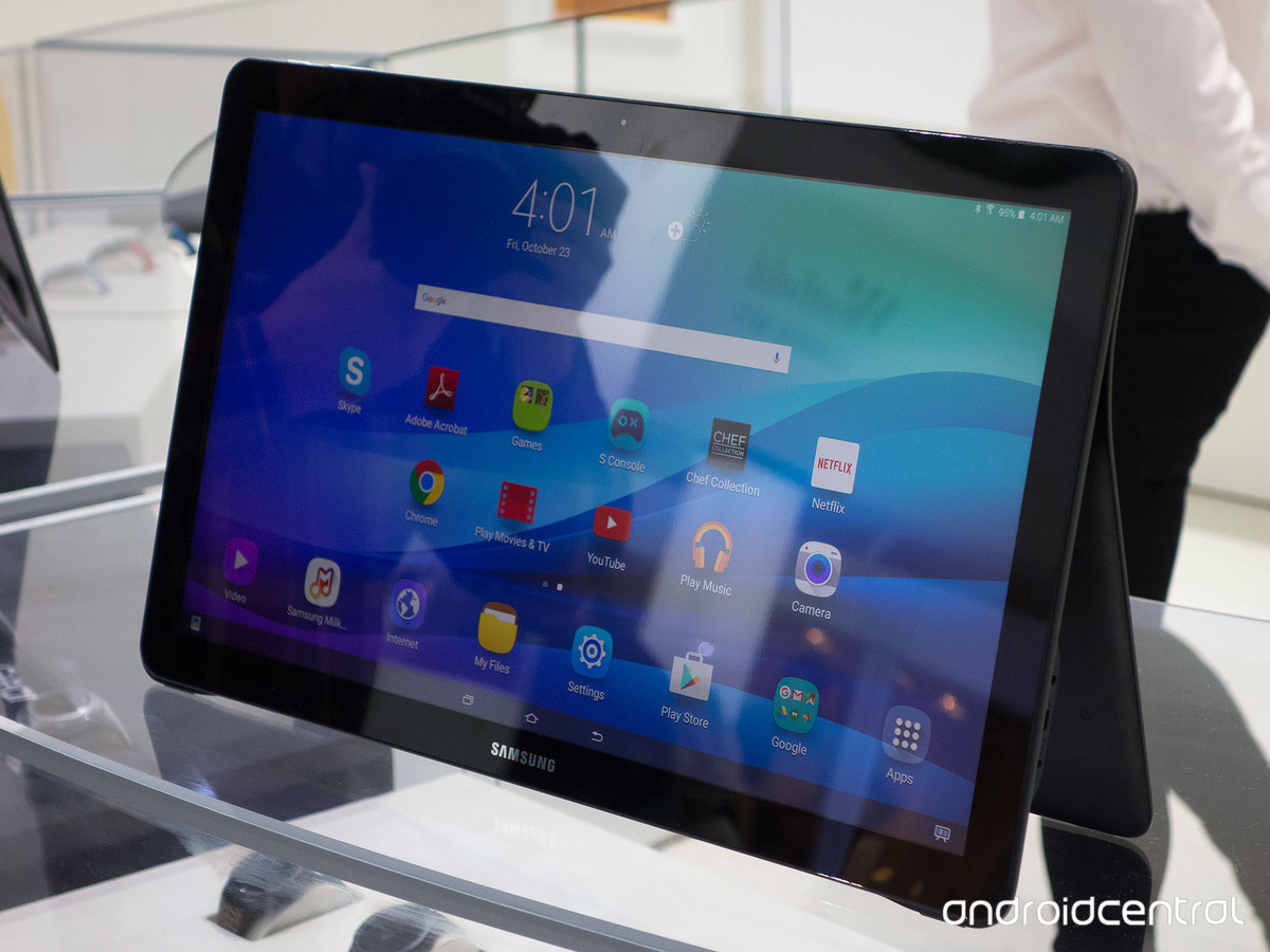 samsung annonce la galaxy view une immense tablette de 18. Black Bedroom Furniture Sets. Home Design Ideas