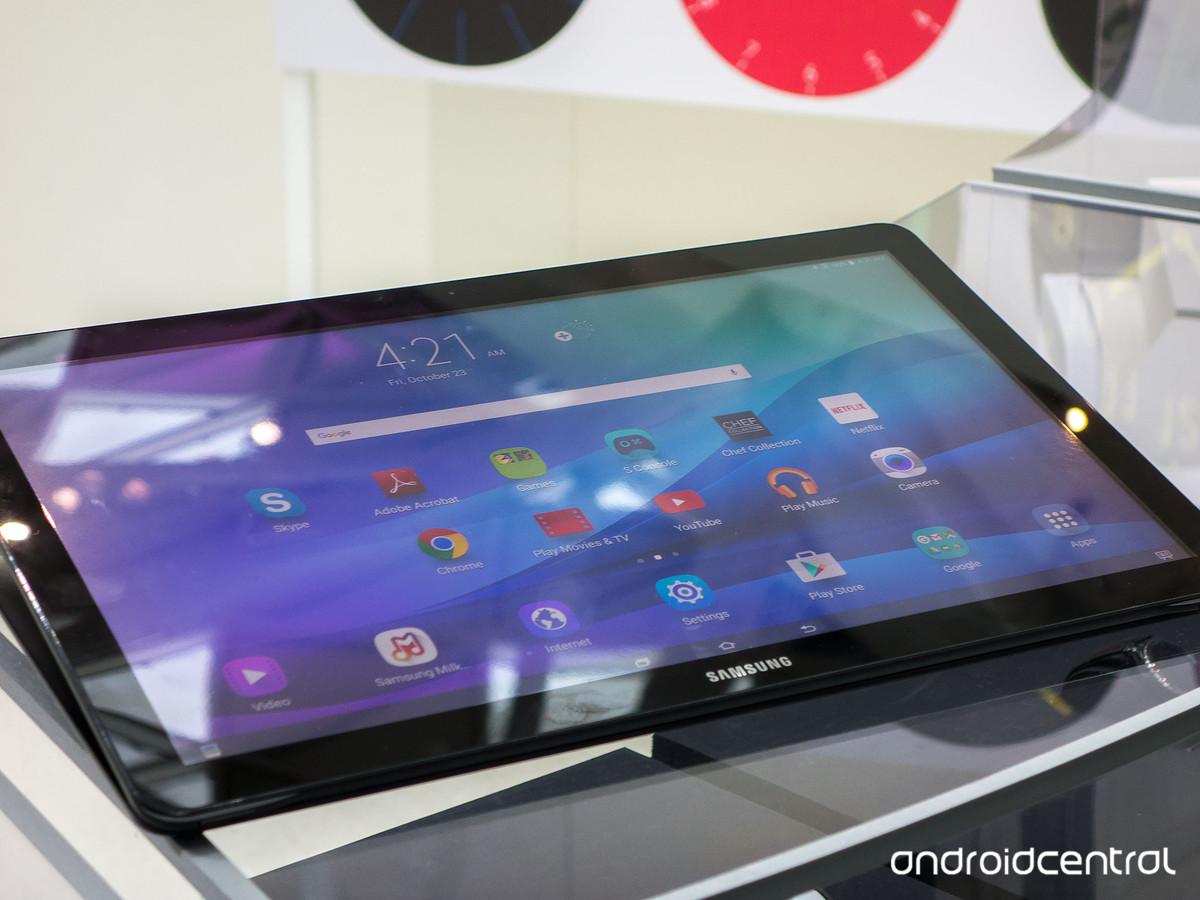 samsung annonce la galaxy view une immense tablette de 18 4 pouces frandroid. Black Bedroom Furniture Sets. Home Design Ideas