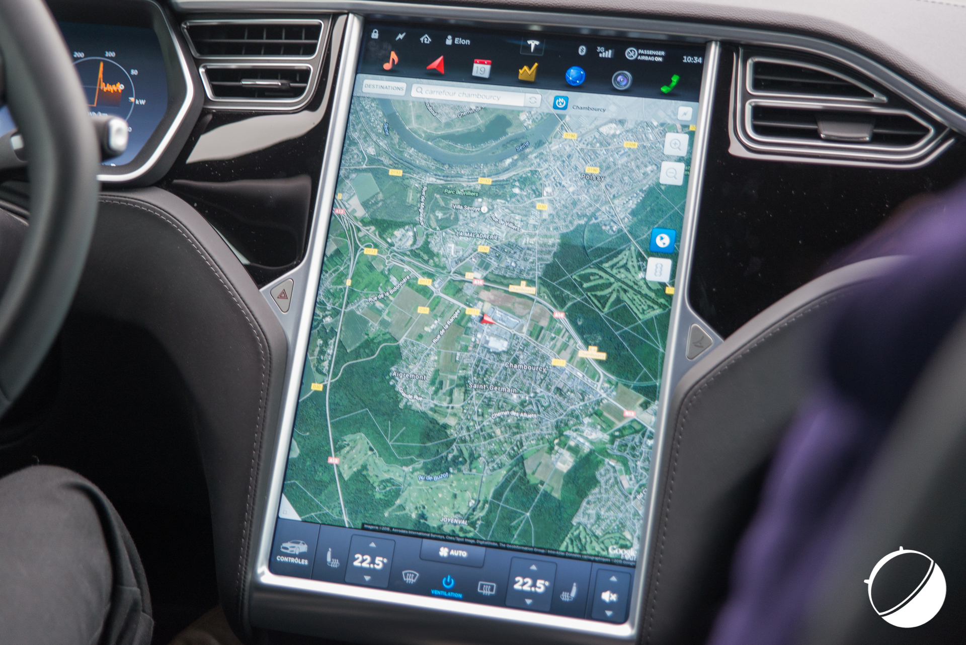 autopilot et tesla model s nous avons test le pilotage automatique frandroid. Black Bedroom Furniture Sets. Home Design Ideas