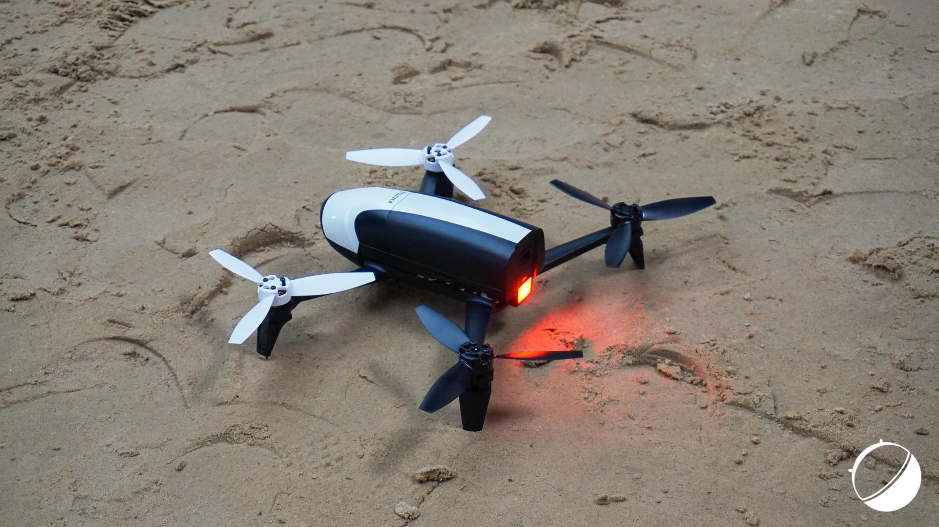 prise en main du drone parrot bebop 2 avec un semblant de follow me frandroid. Black Bedroom Furniture Sets. Home Design Ideas