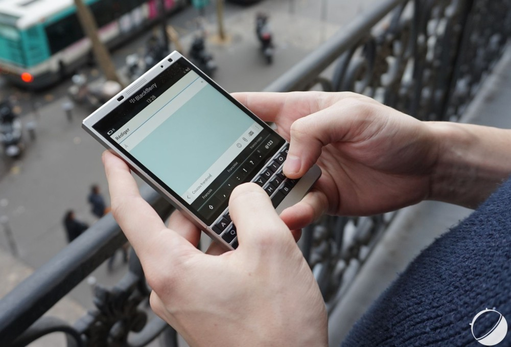 blackberry passport silver edition 9