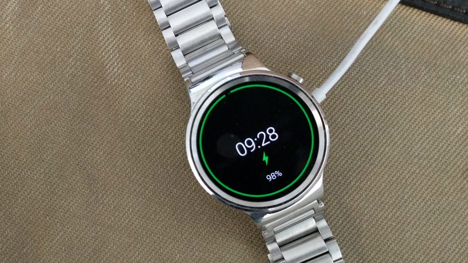 huawei-watch-charging