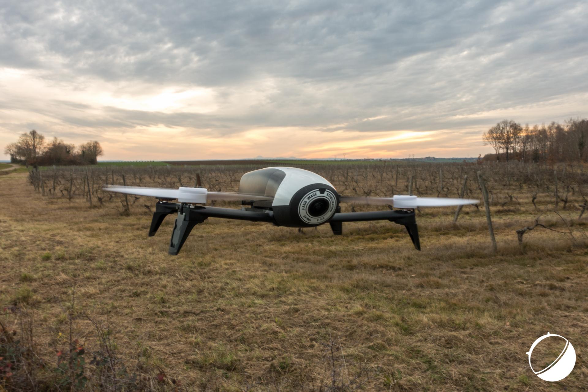 test du drone parrot bebop 2 un brin de d ception frandroid. Black Bedroom Furniture Sets. Home Design Ideas