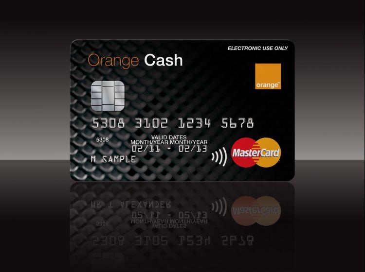 Carte Bancaire Groupama.Orange Banque Le Lancement Passe Par L Acquisition De