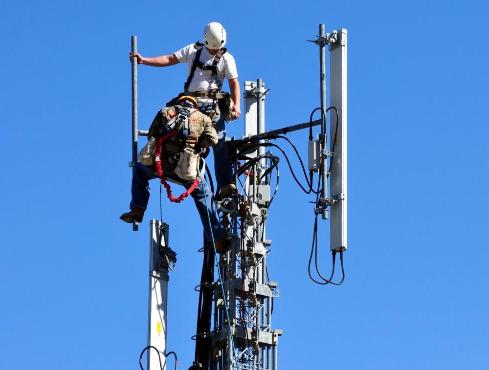 Installation d'une antenne radio