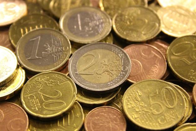 Argent-Pièces-de-monnaie-Euro-domaine-public