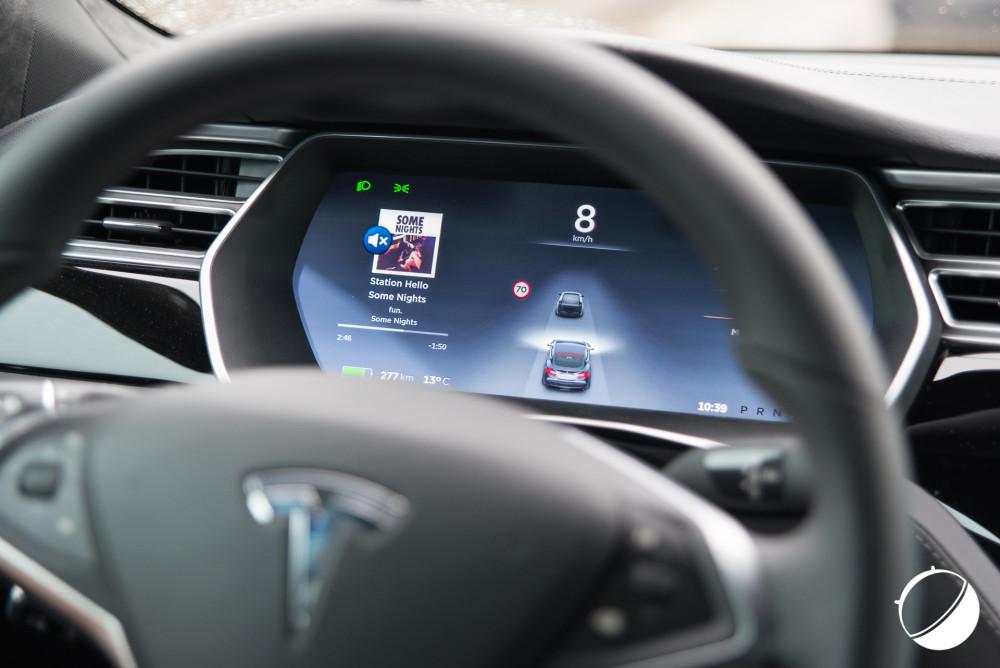 Tableau de bord de la Tesla