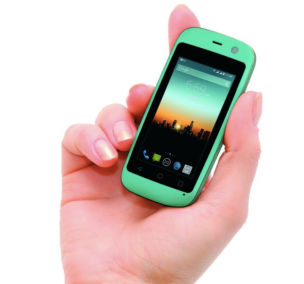 voici le plus petit smartphone android du moment frandroid. Black Bedroom Furniture Sets. Home Design Ideas