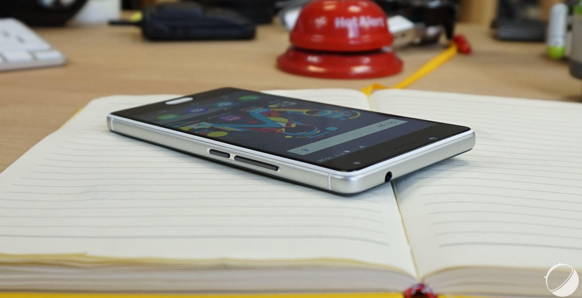 Test wiko ufeel notre avis complet smartphones frandroid for Test ecran pc 2016