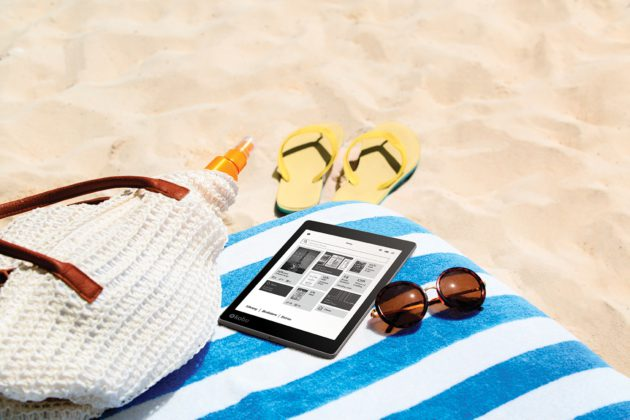 AuraONE_Lifestyle_Beach Reading_Home Screen_US