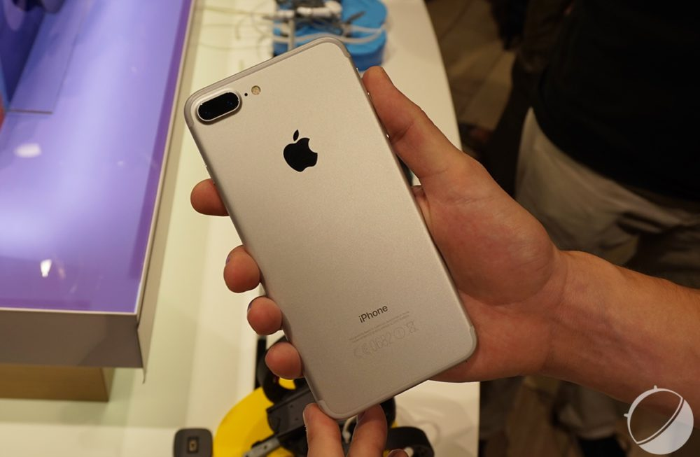 iPhone 7 9