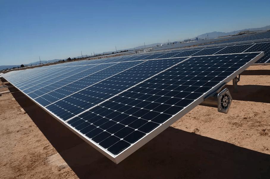Tesla et Panasonic s'associent pour la production de modules photovoltaïques