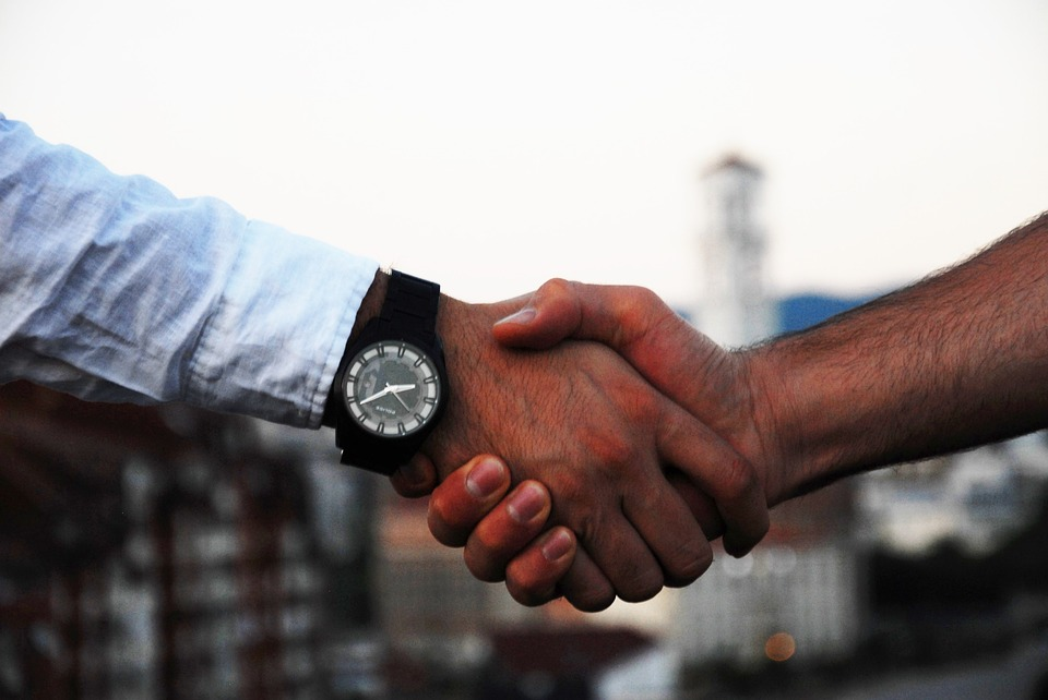 accord deal main serrage