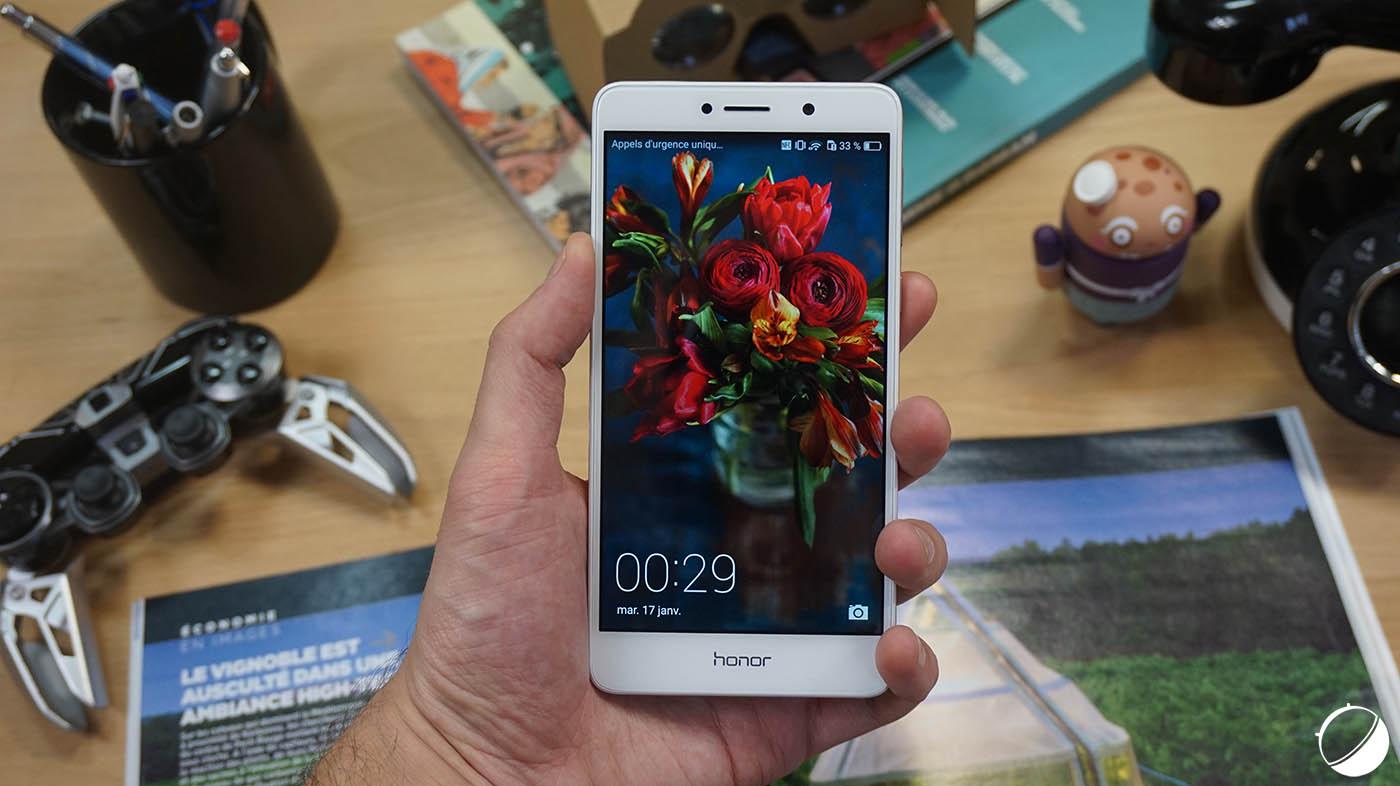 """Résultat de recherche d'images pour """"Honor 6X Smartphone review"""""""