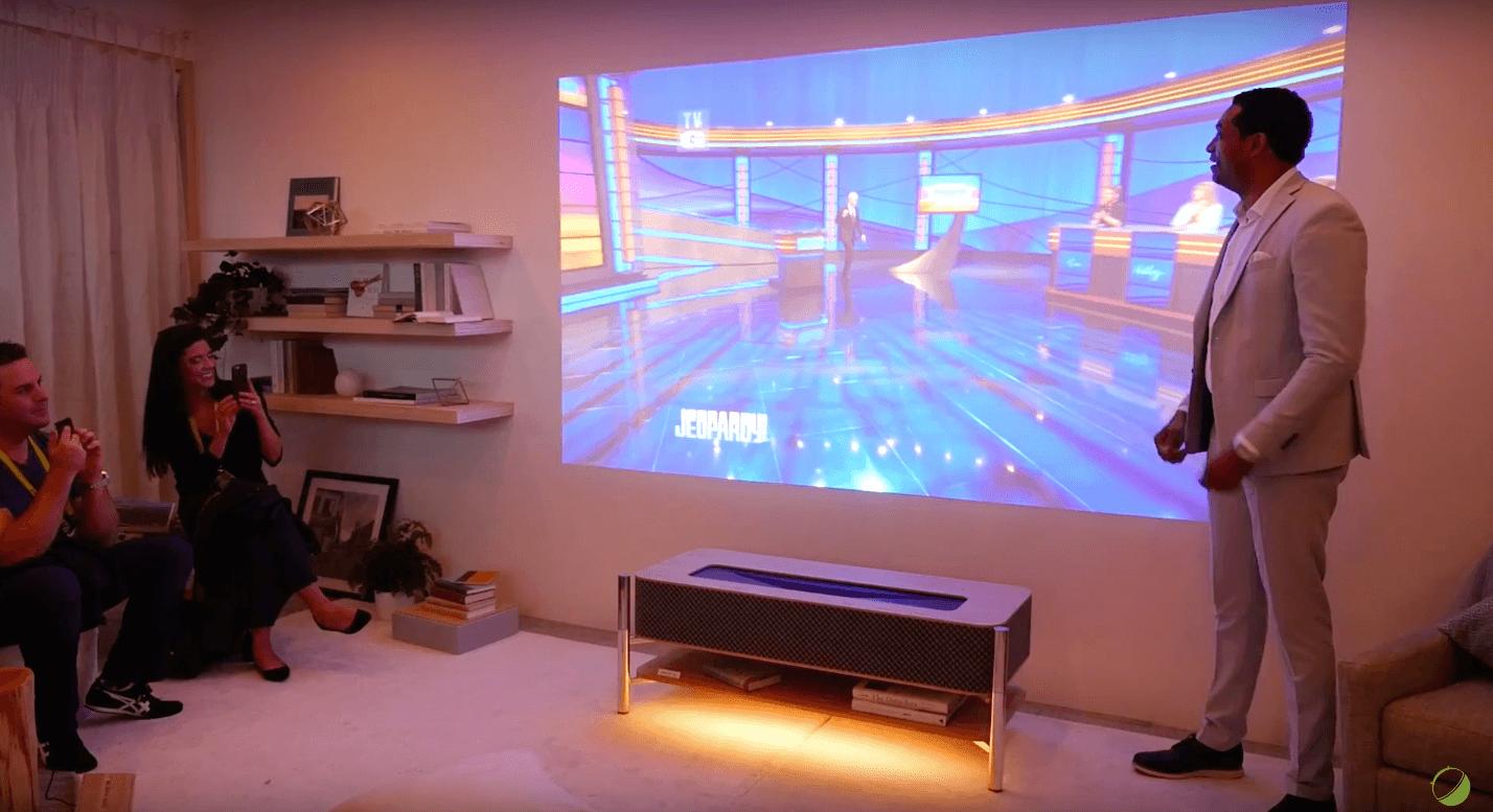 Videoprojecteur Avec Tuner Tv ces 2017 : l'étrange et futuriste meuble vidéoprojecteur 4k