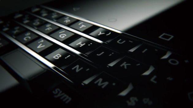 tcl-tease-blackberry-mercury-clavier-ces-2017