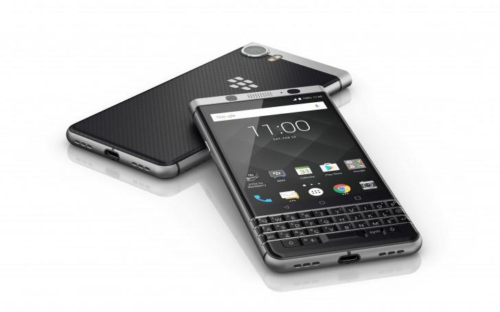 blackberry keyone le grand retour du clavier physique sur android mwc 2017 frandroid. Black Bedroom Furniture Sets. Home Design Ideas