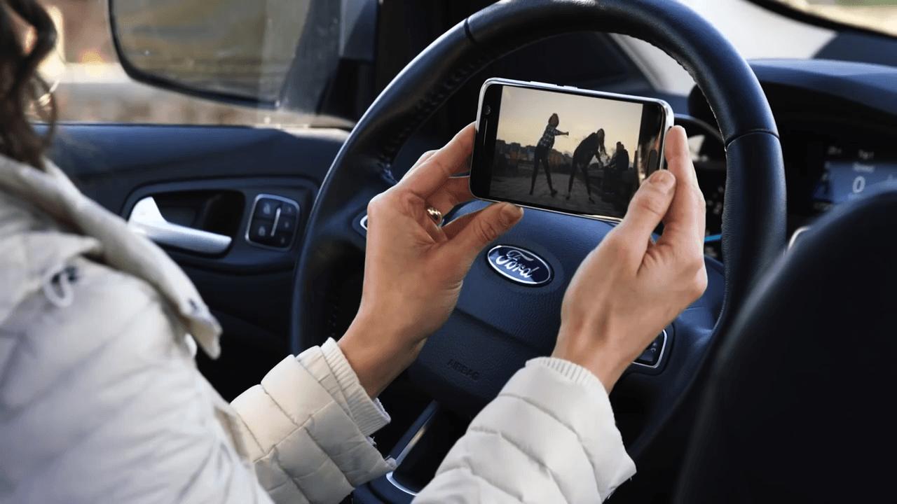 ford voitures connect es et hostpot 4g wi fi d s 2018 frandroid. Black Bedroom Furniture Sets. Home Design Ideas